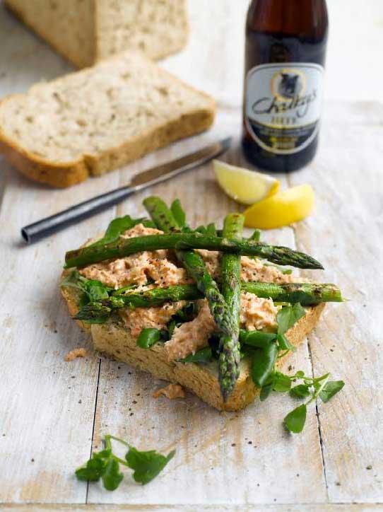 grilled asparagus sandwich